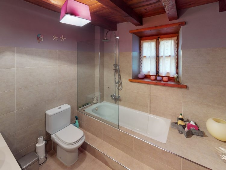Borda-1-Bathroom (2).jpg
